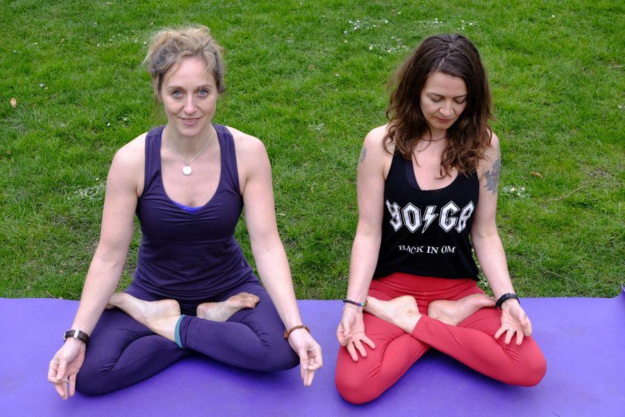 nancy und katja yoga