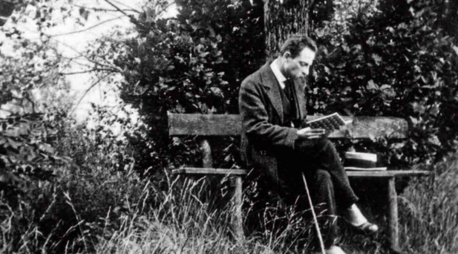 rilke reading or writing outside